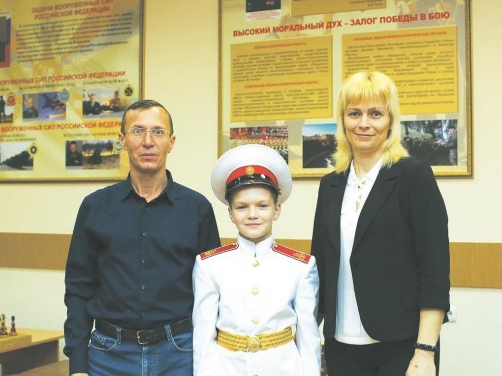 Юный Илья Антонов – кадет Екатеринбургского суворовского военного училища.