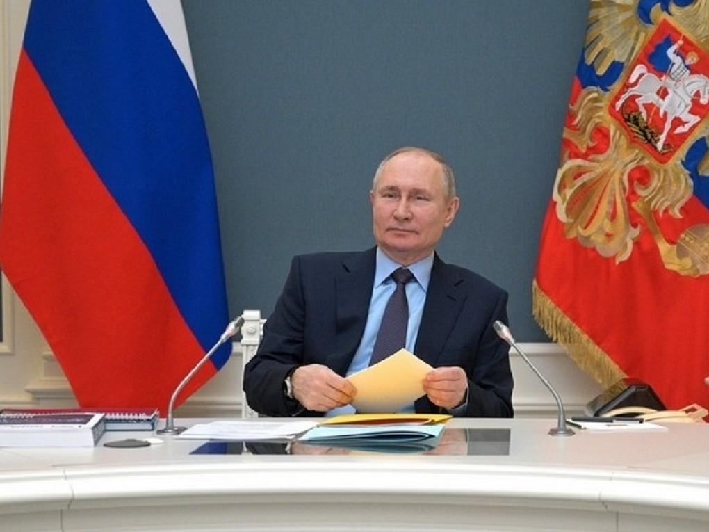 Сегодня, 21 апреля в 12.00 часов Президент России Владимир Путин обратится с ежегодным посланием Федеральному собранию.