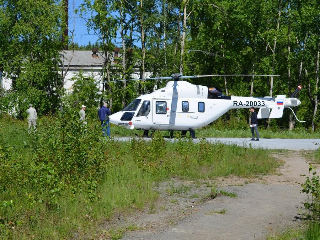 4 июня жительницу Красноуральска транспортировали в Нижний Тагил с эвакуационной площадки на территории городской больницы.