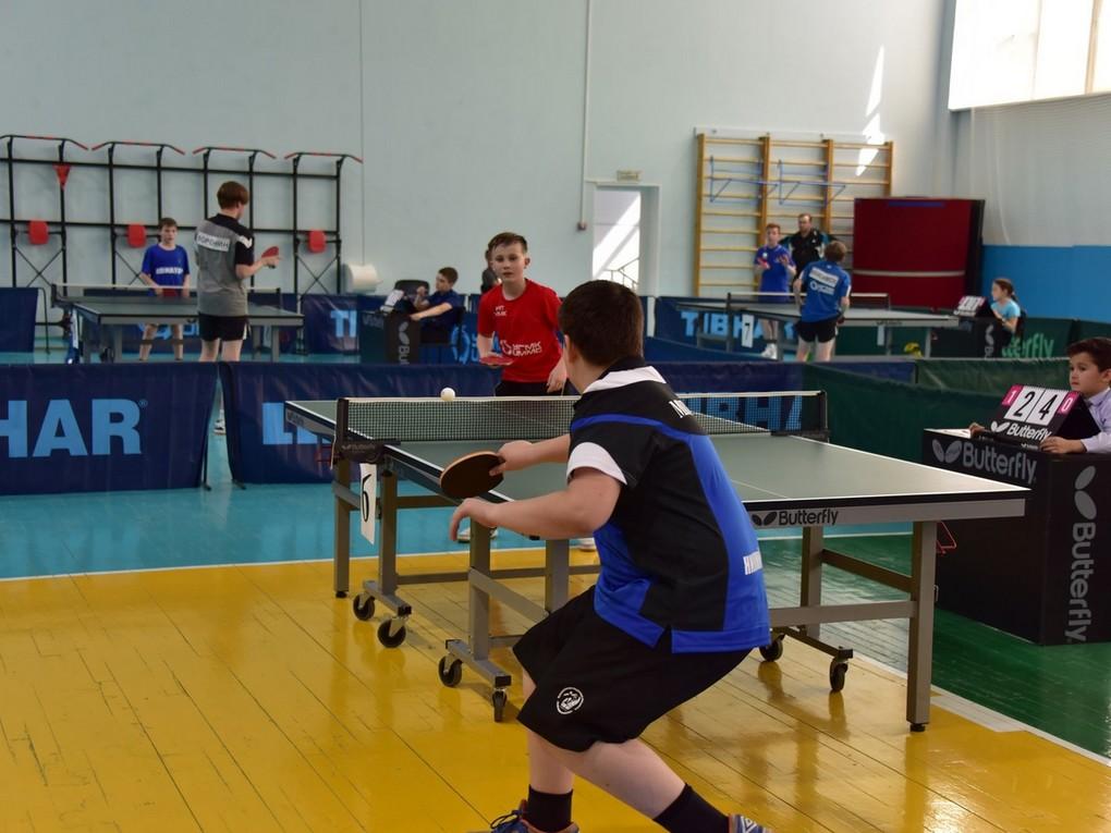 В Красноуральске прошел юношеский турнир по настольному теннису на призы директора АО «Святогор». На соревнования съехались 89 спортсменов