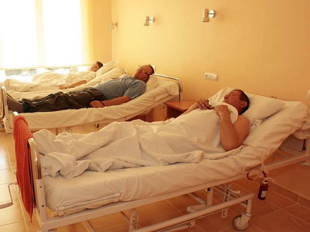 Минздрав Свердловской области за минувшую неделю развернул более 100 дополнительных коек для пациентов с коронавирусом